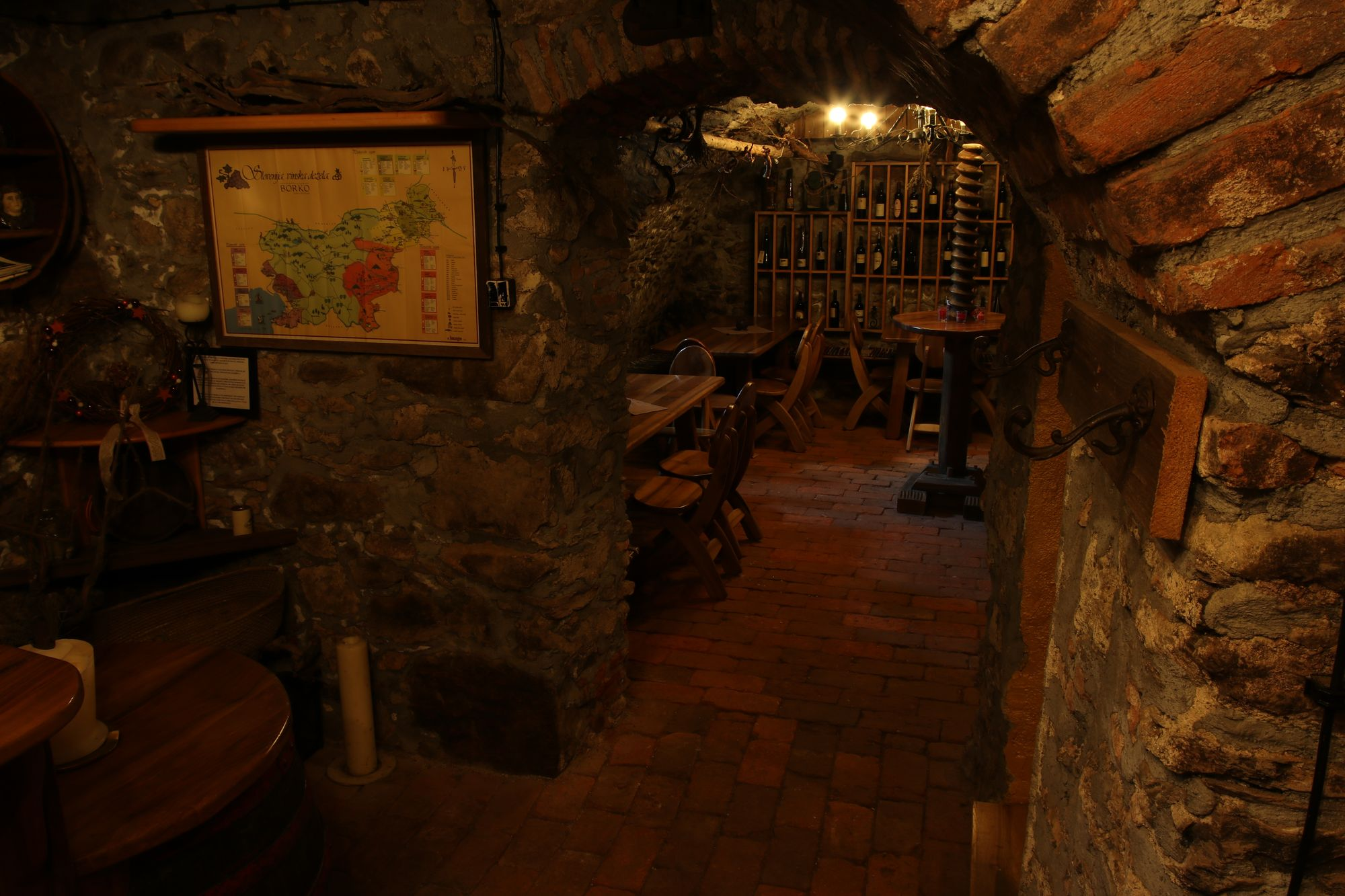 wine-cellar-06